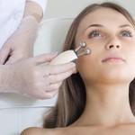 В чем суть процедуры миостимуляции лица  и как она проводится?