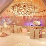 Оформление свадеб цветами и тканями.